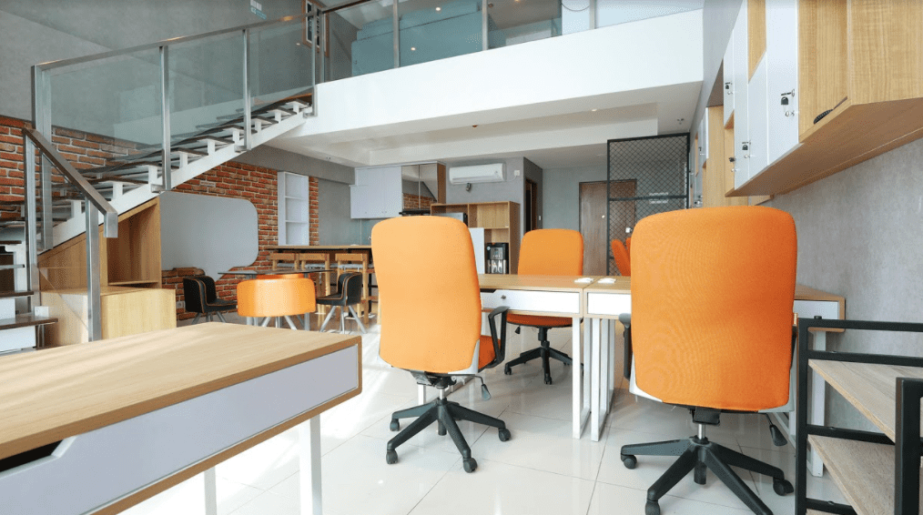 SOHO Office Lt 1